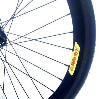 /Zooooom! 🕵🏻♂️/ #bogotaenbici #fixedgear #fixedbike #fixedporn #outsideisfree #local #bike #roadcycling  #smalltown #bicicleta #ciclismo #cyclist #runner #bikelife #bikeride #pedallivrefotos #fitchicks #writersofinstagram #smile #instacute #vintagebikes #fixie #fixieporn #bike #fixedgear_aesthetics #street #lifestyle #bogota #bicifixie #dropbars