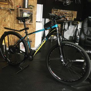 🤚🏻/Oportunidad/ 👋🏽 Se vende esta bici MTB de 10v HYD (pregunta por interno). #mtbbogota #fixedbike #fixedporn #outsideisfree #bike #roadcycling  #smalltown  #bikelife #bikeride #pedallivrefotos #vintagebikes #street #lifestyle #bogotafixie #bicifixie #bicicleta #medellinfixedgear #biciusada #bicimontaña #ciclismocolombiano #mtbcolombia #mtb